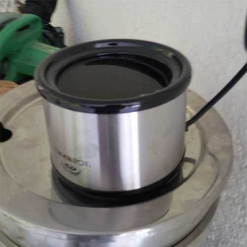 Crock pot heating up Barnacle Stop / Mussel Stopper